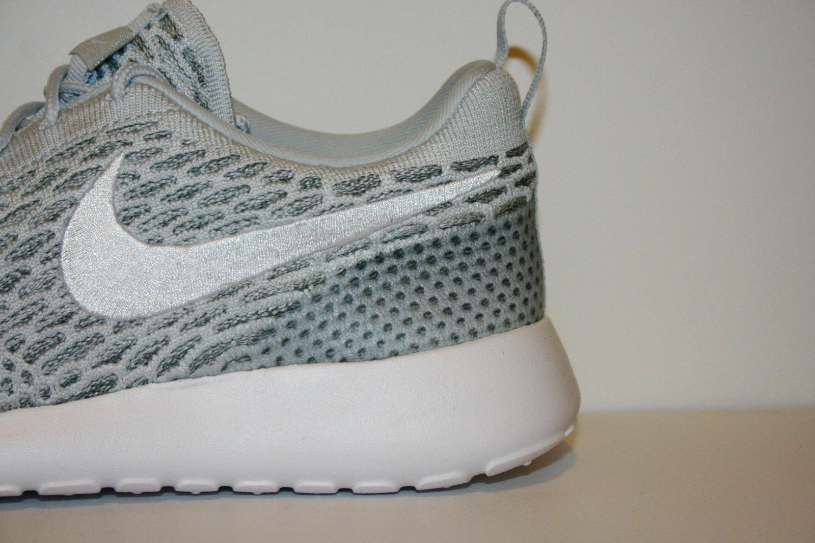 Original Nike Roshe Run One Flyknit Flyknit Flyknit Cool grey white 704927 009 Frauen Größe c18eff