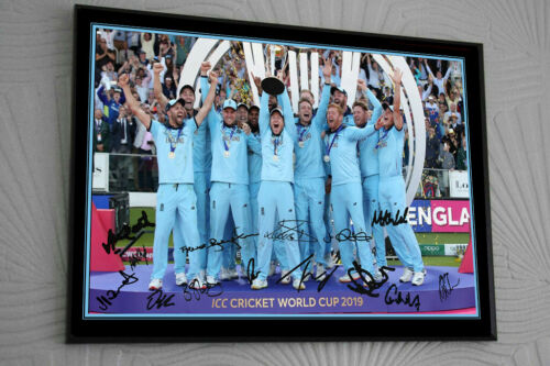 """ENGLAND WORLD CUP 2019  Cricket Framed Canvas Tribute Print Signed./""""Great Gift/"""""""