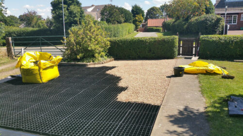 DRIVEWAY GRIDS PACK OF 20 GRAVEL GRIDS OR GRASS DRIVE PROTECTION DRAINAGE PAVING