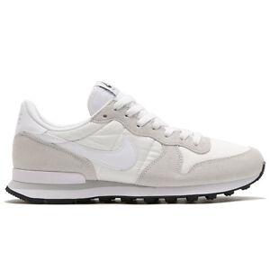 Nike Internationalist Summit White Grey size 10.5. 828041-101. air ... 8490c89d272d