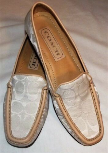 COACH ELMA LADIES LOAFER 8.5 EXCELLENT CONDITION B
