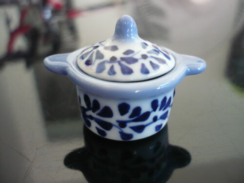 Blue Spotted Oven Pot Dollhouse Miniatures Supply Deco Food Kitchenware