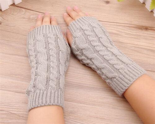 Armstulpen fingerlose Handschuhe Pulswärmer Strick Zopfmuster warm Daumenansatz