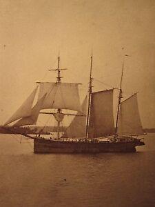 ANTIQUE-CIVIL-WAR-ERA-CLAYTON-NY-ST-LAWRENCE-ATLANTIC-SCHOONER-SHIP-CDV-PHOTO