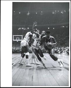 Oscar-Robertson-1961-Cincinnati-Royals-NBA-Type-1-Original-Photo-Crystal-Clear