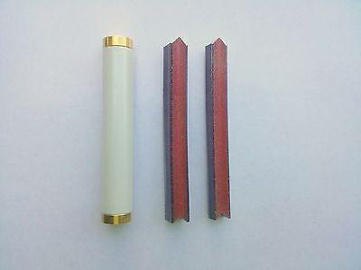 Picture Framing Tool Magnetic V Nail Punch with 400 v nailer Hardwood nails.