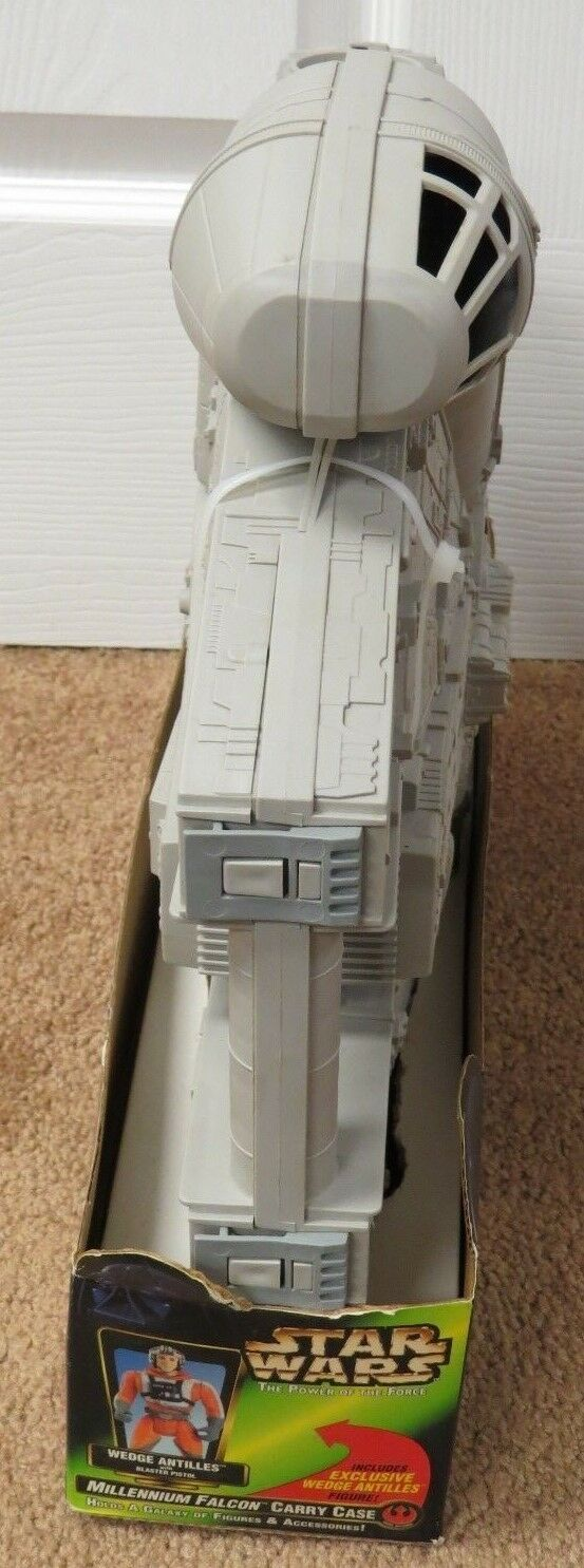 STAR WARS MILLENIUM FALCON CARRY CASE SEALED SEALED SEALED IN BOX WITH FIGURE 54613c