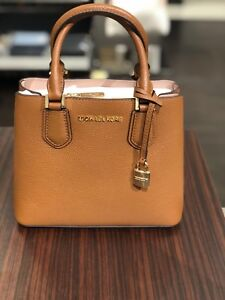 5dea978b88e06a NWT Michael Kors Handbag Adele md Mercer Messenger Pebbled Leather ...
