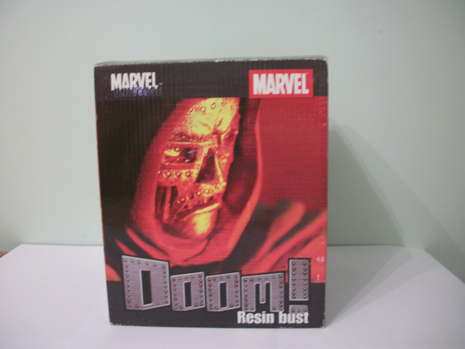 "Diamond Select 6"" Marvel Universe Resin Bust – Dr. Doom"