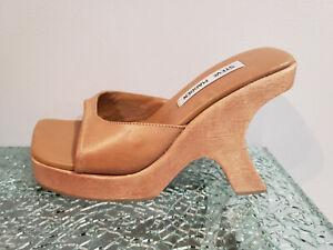 Carved Wood Curved Wedge Heel 6.5