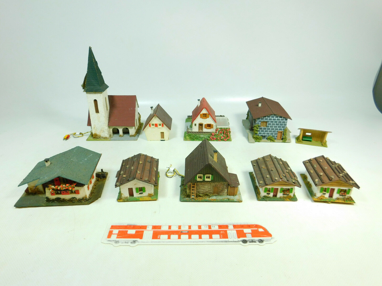 Bt872-3x Faller h0 models Church + houses + Berghaus overpowering. Wood mass; 2. Choice