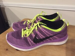 Nike Flyknit One Men's Running Shoes MENS 8 PURPLE VOLT 554887 505