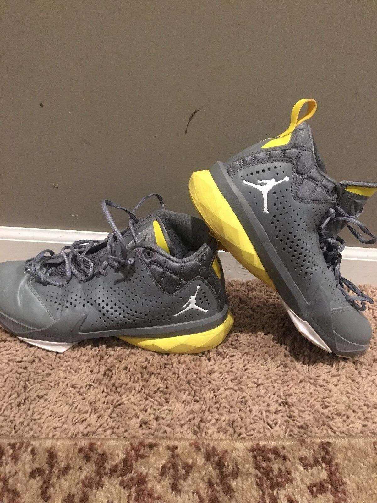 Nike basketball jordan lunarlon 10.5  Cheap and fashionable