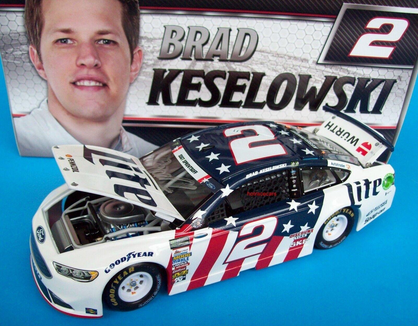 2017 Brad Keselowski Miller Lite Patriótico Ford firmado autógrafo 1 24 Nascar