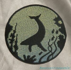 Embroidered Hammerhead Shark Ocean Sea Silhouette Ombre Circle Patch Iron On USA