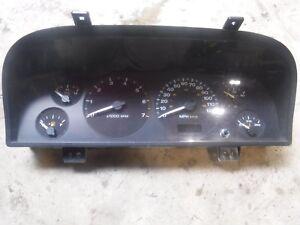 00 Jeep Grand Cherokee speedometer instrument gauge cluster 56042928aa
