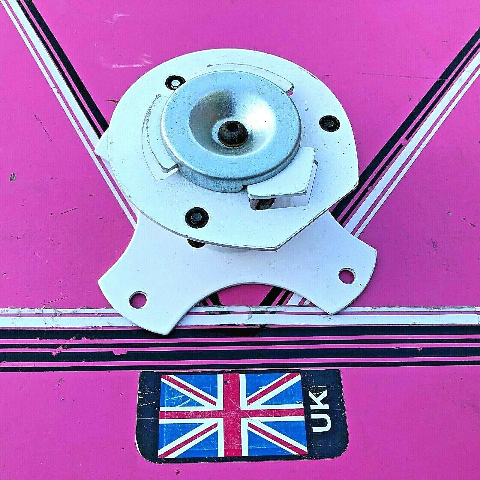 Unicol GKC Gyrolock projector mount close fitting ceiling mount only (used)
