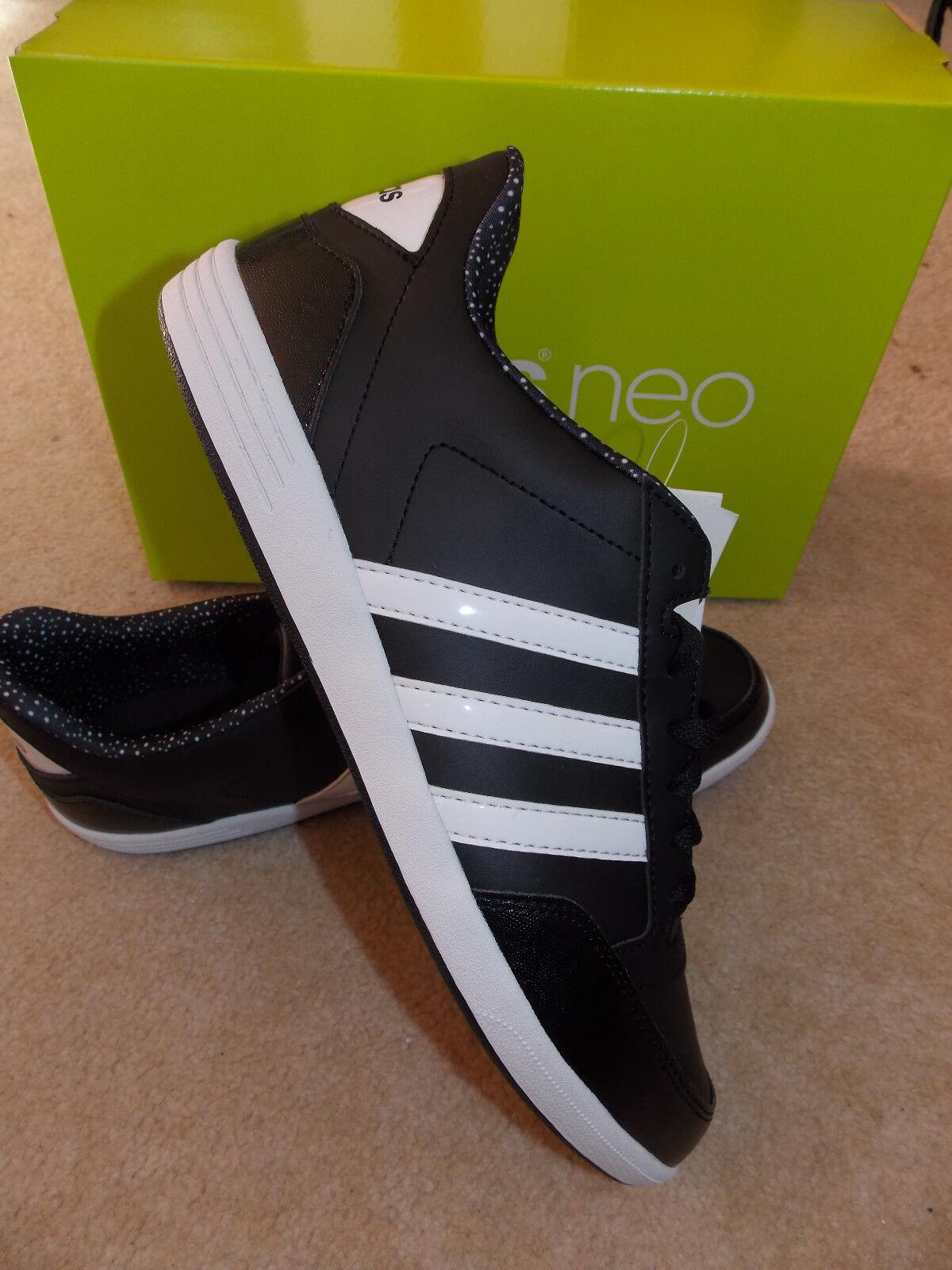 Adidas Frauen Tunrschuhe schwarz/weiß adidasNEO UK