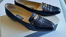 "Bally women's shoes Navy Flats 7.5 N Made in Italy 1/2"" Heels Woven Leather"