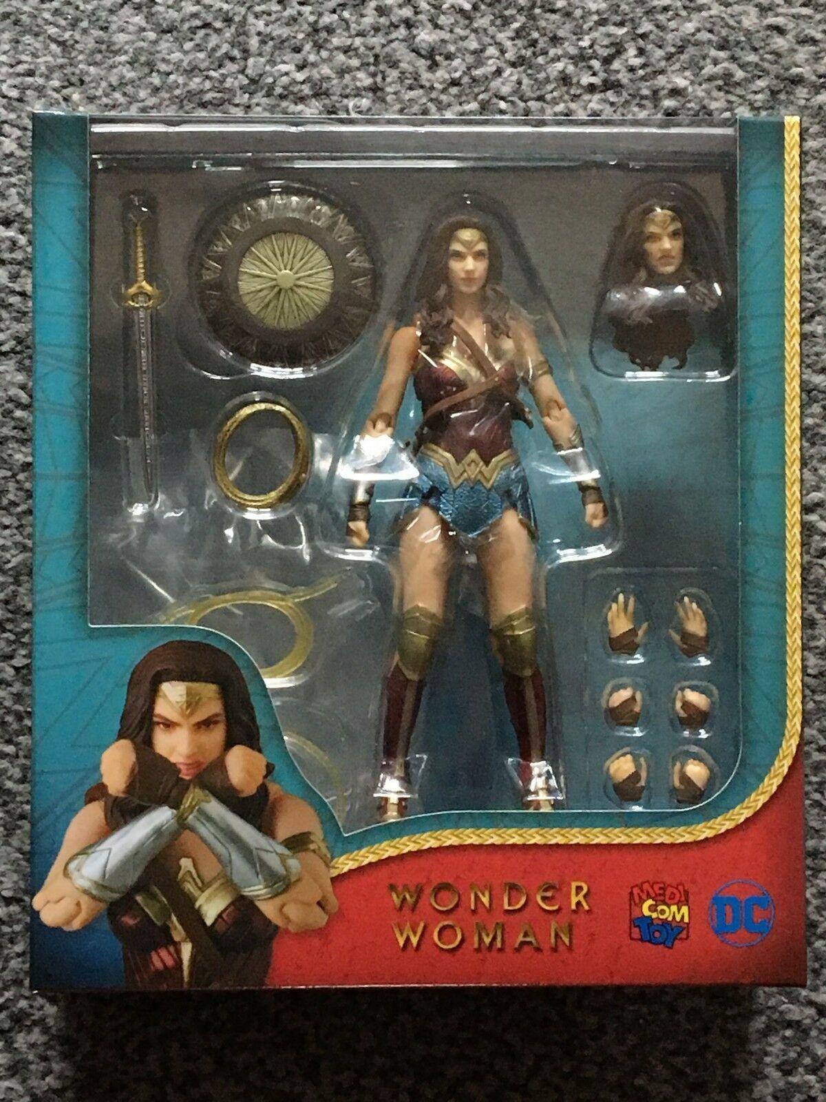 Medicom MAFEX 048 - Wonder Woman Movie Action Figure NEW