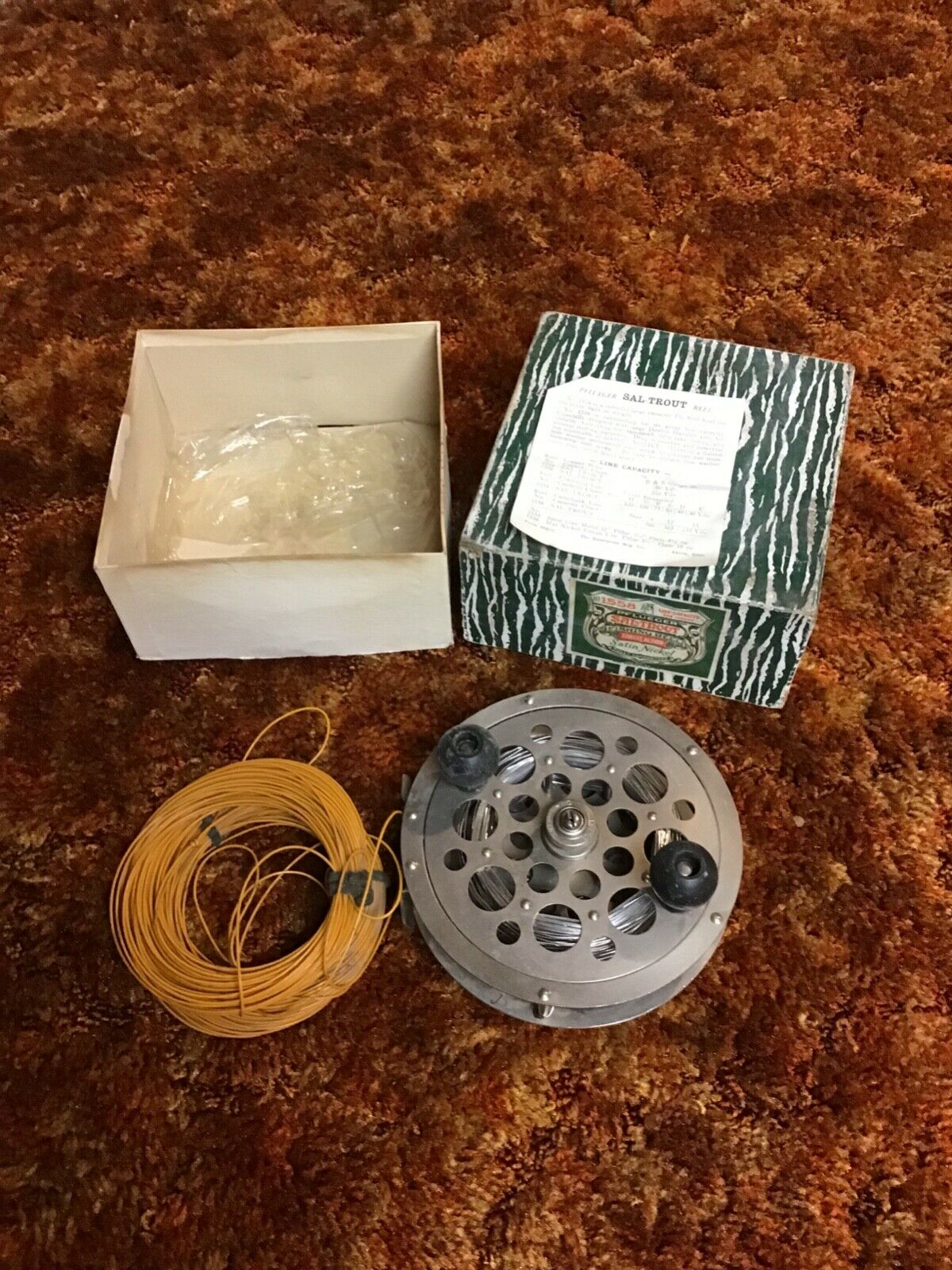 Vintage Pflueger Sal-Trout No.1558 Clean - With Original Box and Paperwork