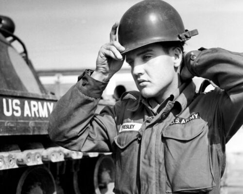 Elvis In The Army Tank Fantastic BW 10x8 Photo