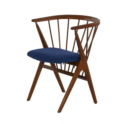 """Danish Mid-Century Modern Spindle-Back Arm Chair """"No. 8"""" by Helge Sibast"""