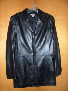 pre-owned-womens-black-womens-leather-jacket-by-Halogen-size-M