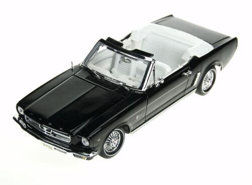 1:18 Motor Max Motormax Black 1964 1//2 Ford Mustang Convertible