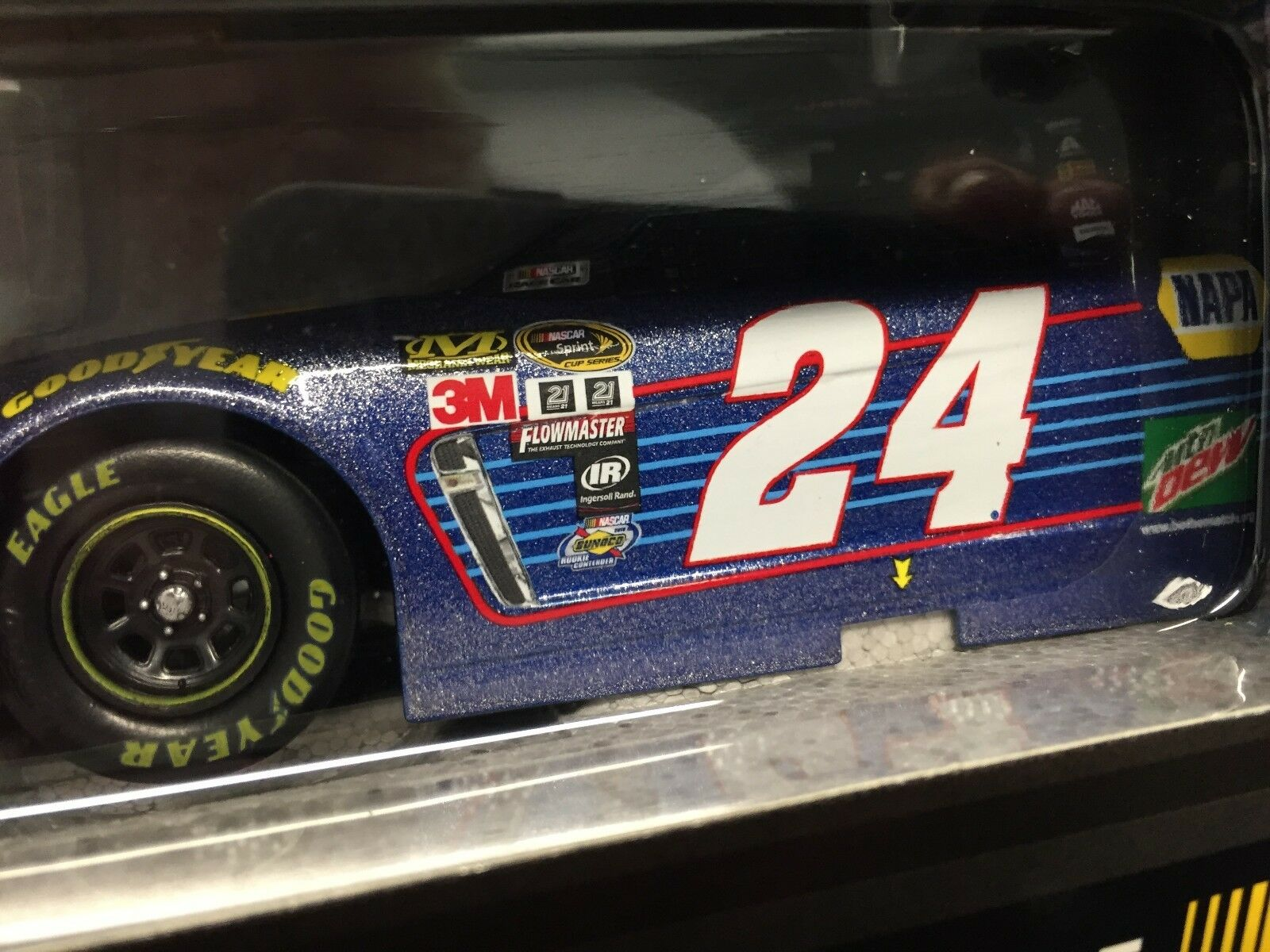 Action 1 24 Chase Elliott NAPA Rookies of the Year 2016 1 of 624  GALAXY