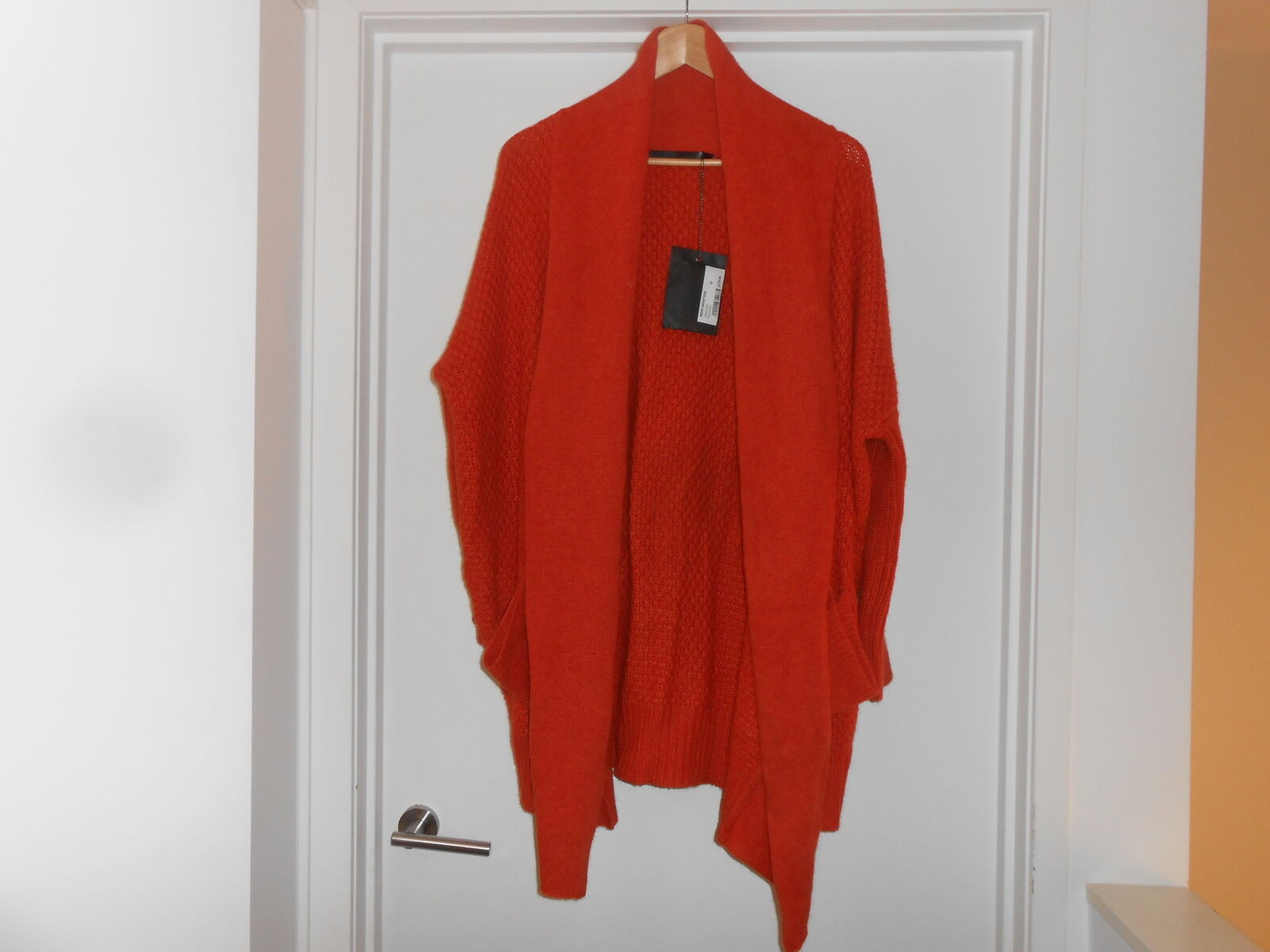 NIKEL AND SOLE CAPELO KNIT (SIZE MEDIUM) BNWT