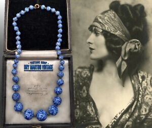 VINTAGE-ART-DECO-BOHEMIAN-CZECH-LAPIS-BLUE-PEKING-GLASS-BEADS-NECKLACE-RARE