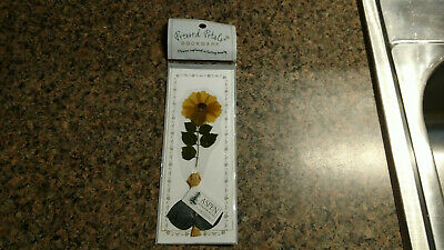 Pressed Petals Real Flower Flower Scapbook Dried Aspen Colorado Souvenir Vintage
