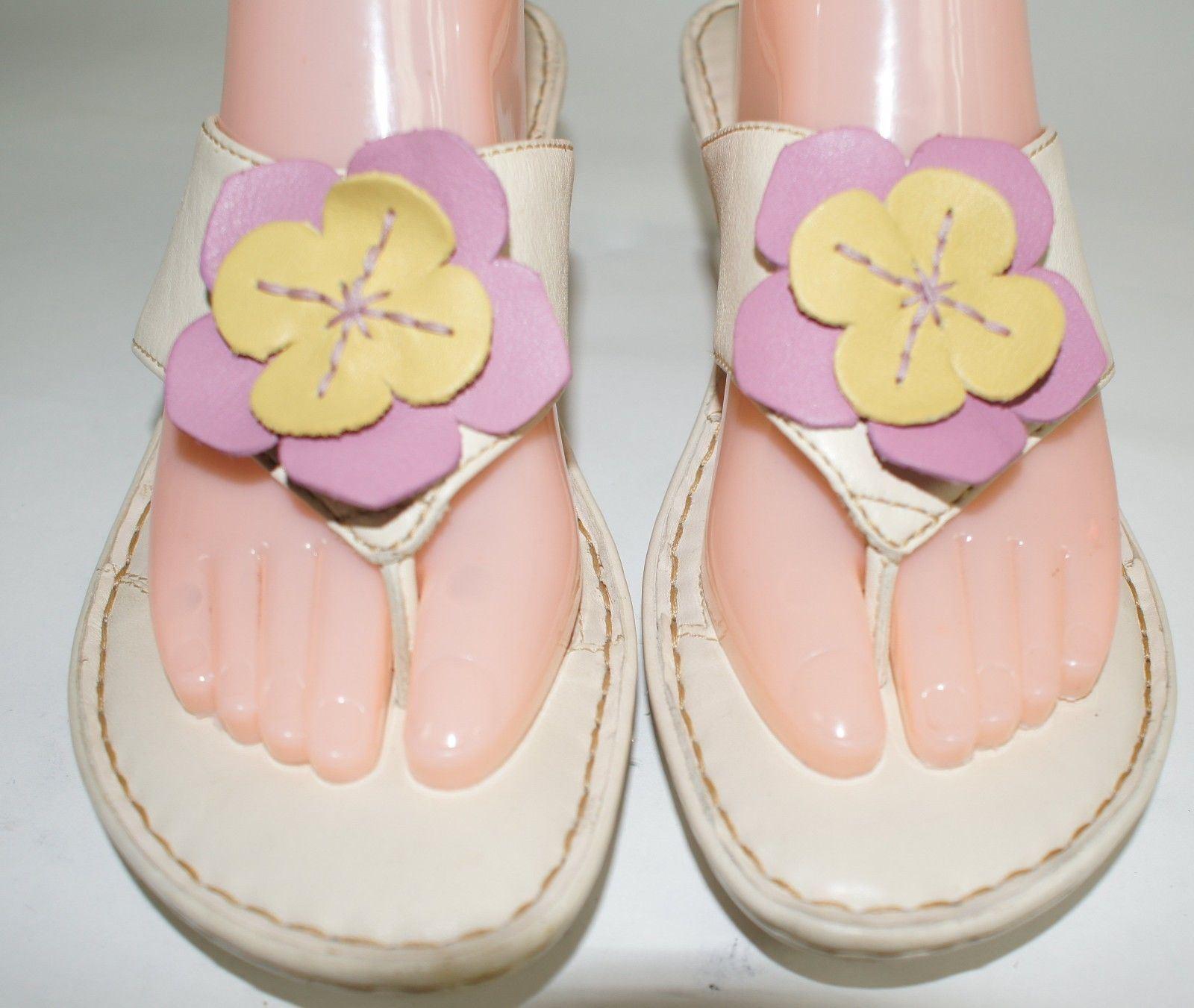Born women's size flops 11 M White sandals flip flops size leather shoes a82b91