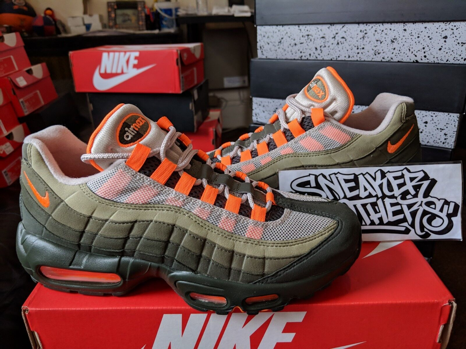 Nike Air Max 95 OG 2018 karakterlánc Teljes Orange Neutral Olive Running Men AT2865-200