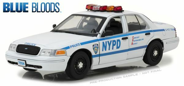 verdelight escala 1 18 NYPD-Jamie Reagan's 2001 Ford Crown Crown Crown Victoria   13513 999414