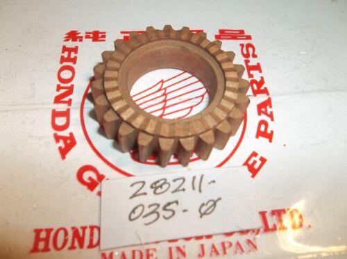 NOS Genuine Honda S65 Kick Starter Pinion  28211-035-000 28211-035-010