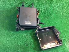 RENAULT MEGANE MK3 2009-14 1.6 PETROL FUSE BOX 284B60008R