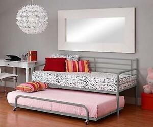 La Foto Se Está Cargando Twin Metal Trundle For Daybed Kids Loft Bedroom