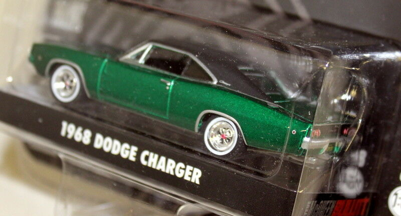 Greenlight 1 64 Scale 1968 Dodge Dodge Dodge Charger Green Steve McQueen Bullitt Chase Car 058c91
