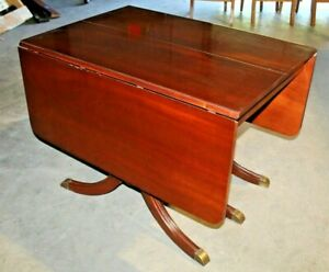 Gorgeous-Vintage-Duncan-Phyfe-Style-Drop-Leaf-Dining-Room-Table-with-Table-Pads