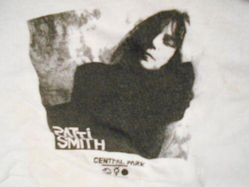 PATTI SMITH Vintage PUNK ROCK 70'S 80'S INDIE T Sh