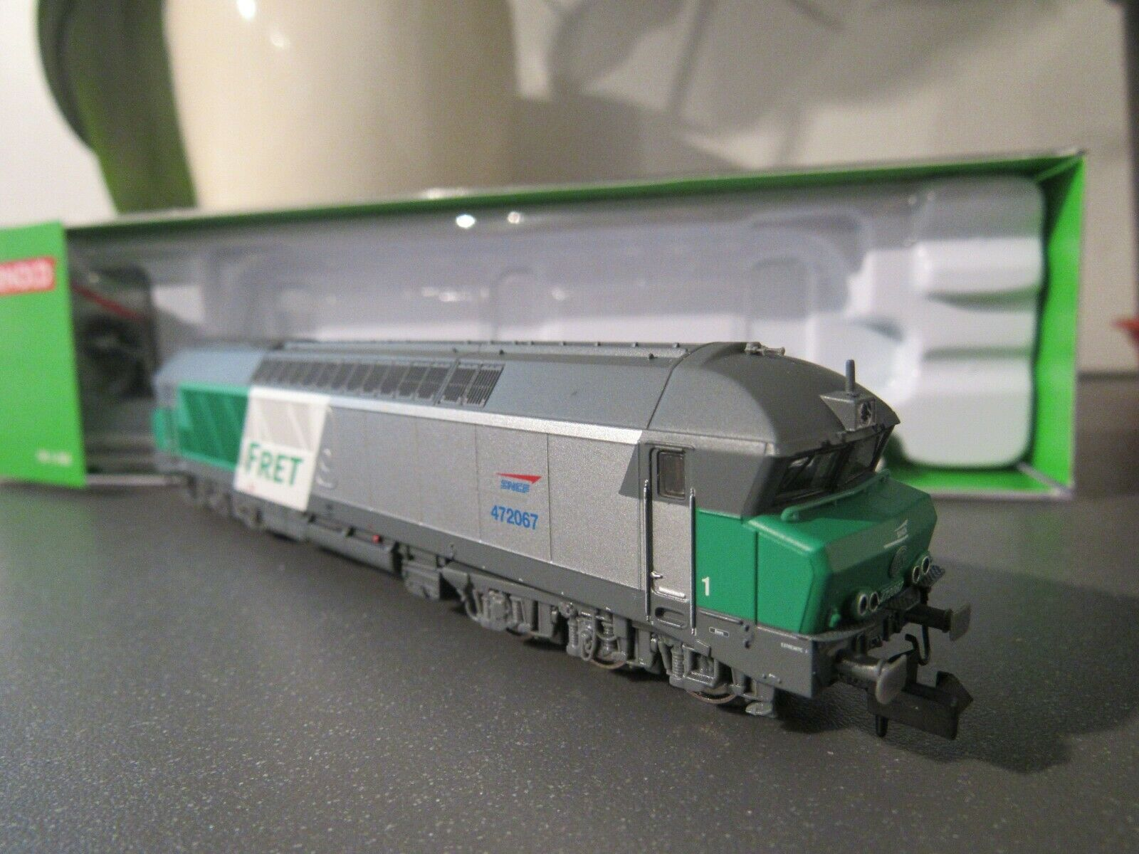 Arnold hn2310s diesel loco cc72067 livery [fret] sncf epoca v n gauge dcc  sound