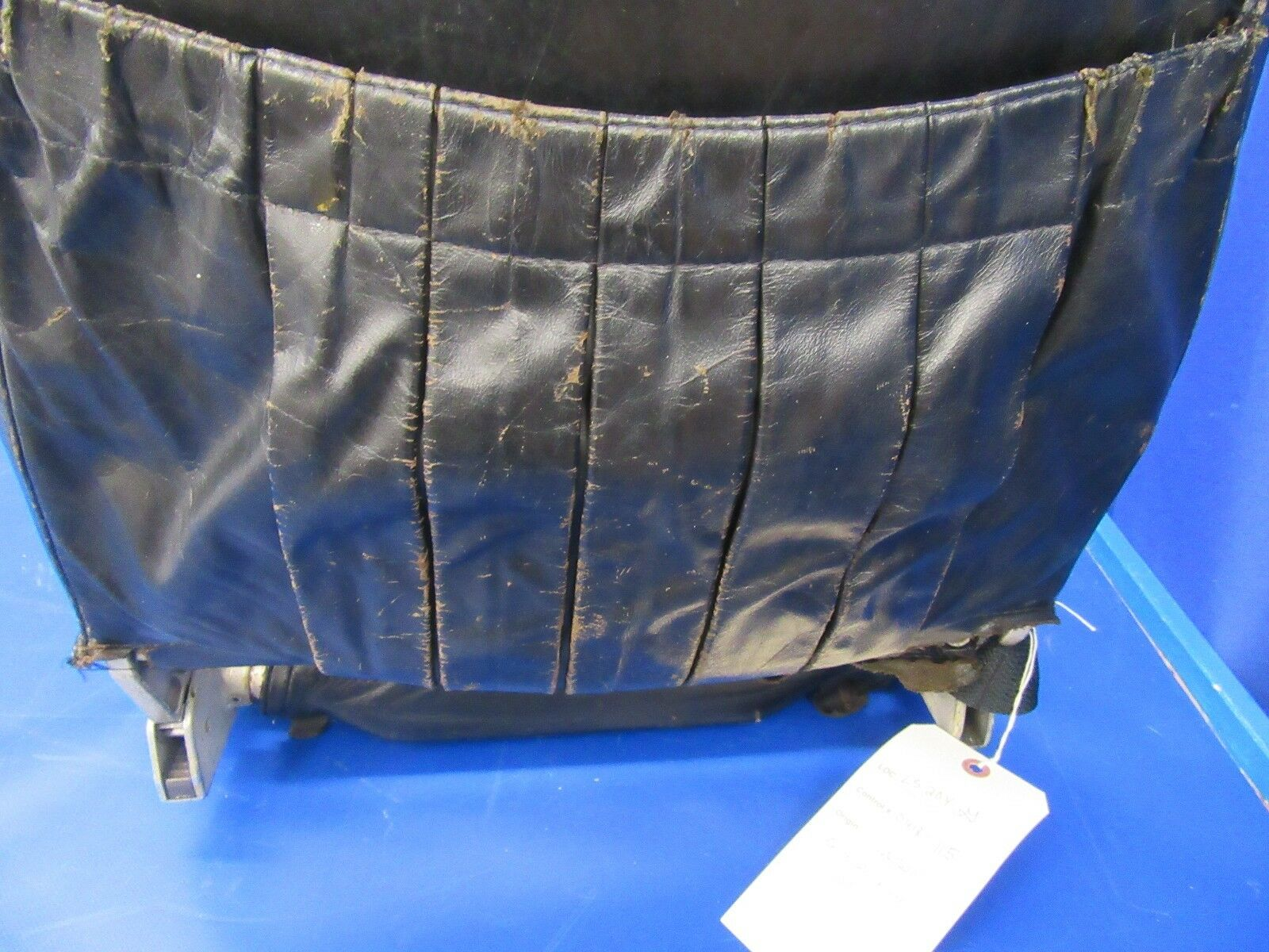 Beech Baron D55 Co-Pilot Seat Fwd Facing Only 96-534072-3 P/n 96-534072-3 Only (0418-115) e9ea34