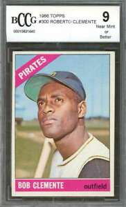 Roberto-Clemente-Card-1966-Topps-300-Pittsburgh-Pirates-BGS-BCCG-9