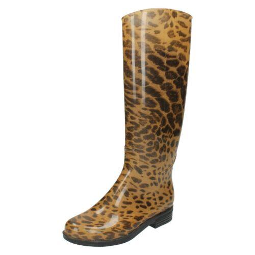 Ladies Spot On High Leg Leopard Print Wellington Boot