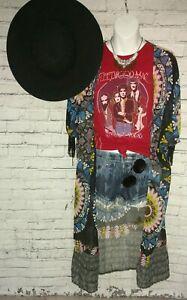 Trunk-LTD-Fleetwood-Mac-Mirage-Tour-Tee-Shirt-Stevie-Nicks-Limited-Edition-Red-M