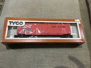 VINTAGE-TYCO-HO-SCALE-TRAIN-NEW-HAVEN-50-039-FOOT-FREIGHT-HAULING-BOXCAR-BOX-CAR