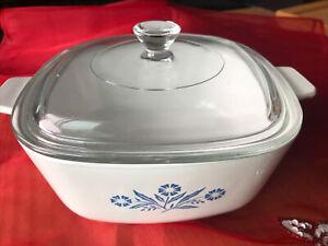 Blue Cornflower CORNING WARE 1.5 qt casserole dish P-1 1/2-B w/Pyrex lid