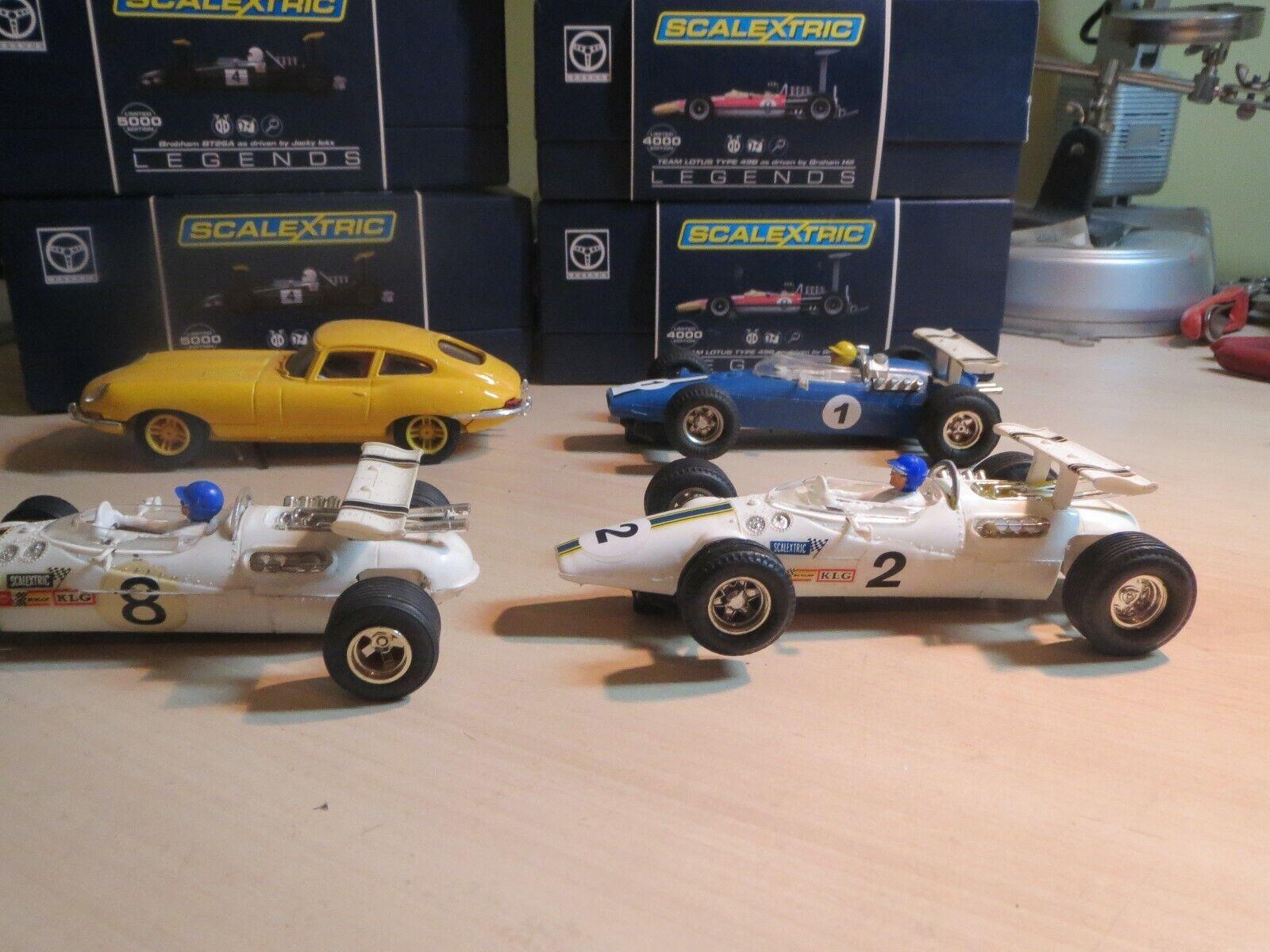 Scalextric C8 Lotus Indianapolis in rare white no2 & NO8 ,  superb condition